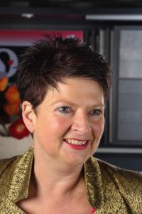 Jeannette Holtman